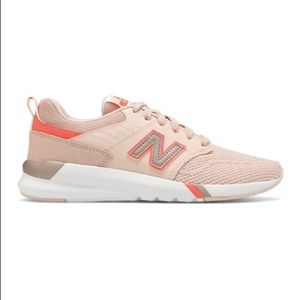 New Balance Oyster Pink Running Shoes
